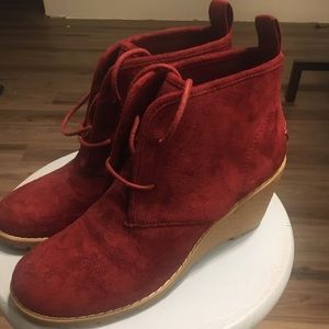 BASS CO Red Wedge Ankle Booties